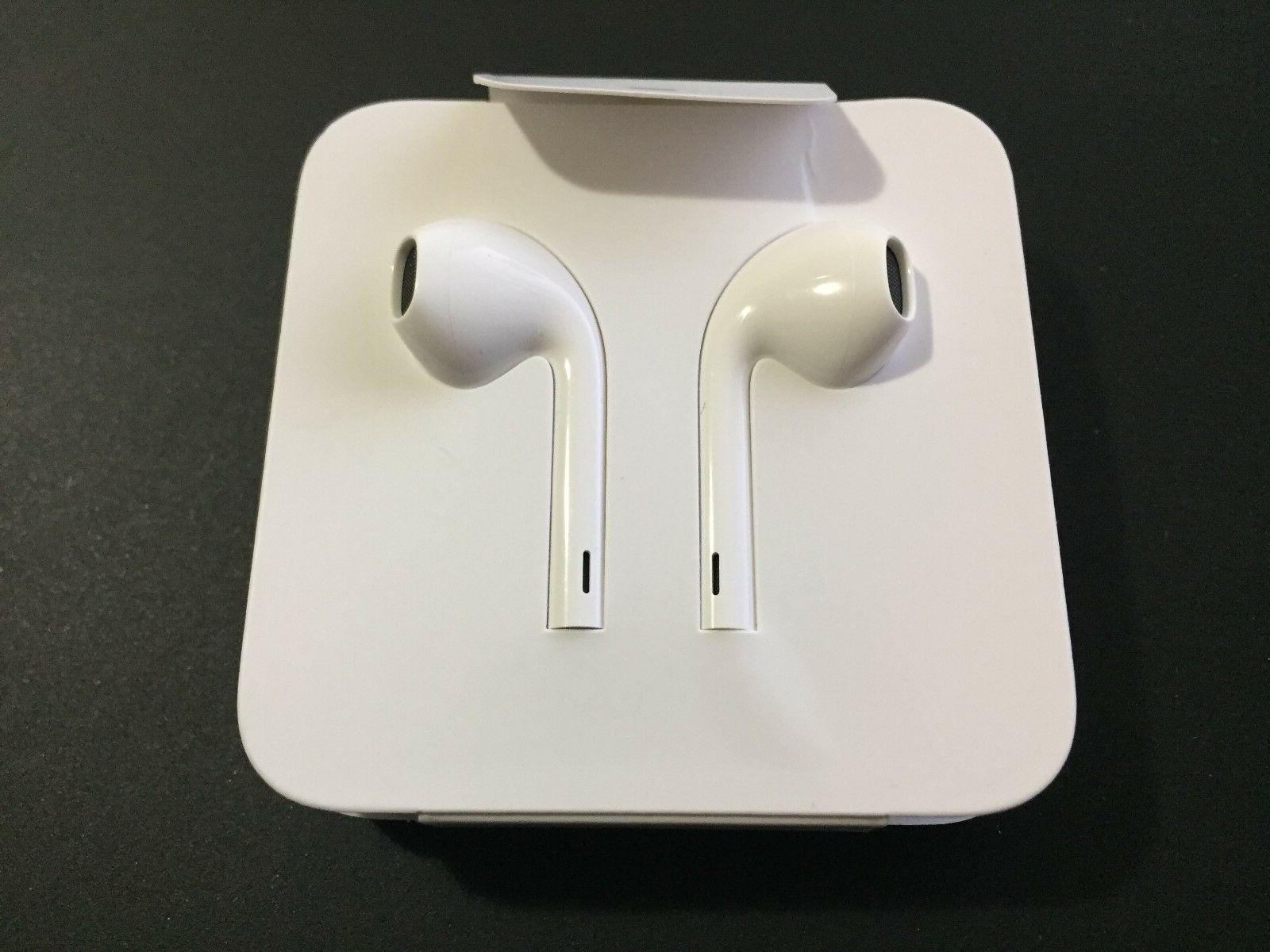 NEW Original Apple EarPods Headphones Lightning Connector fo